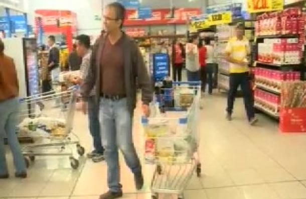 Empresarios aseguraron supermercados abastecidos