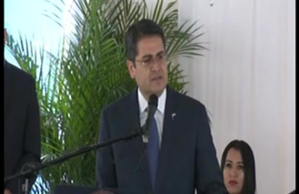 Presidente revisará medida anti-evasión contra empresas