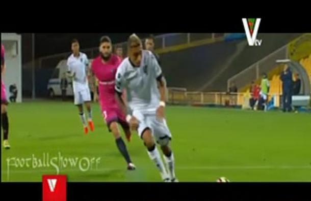 Futbolista Rafinha fue operado de su rodilla izquierda