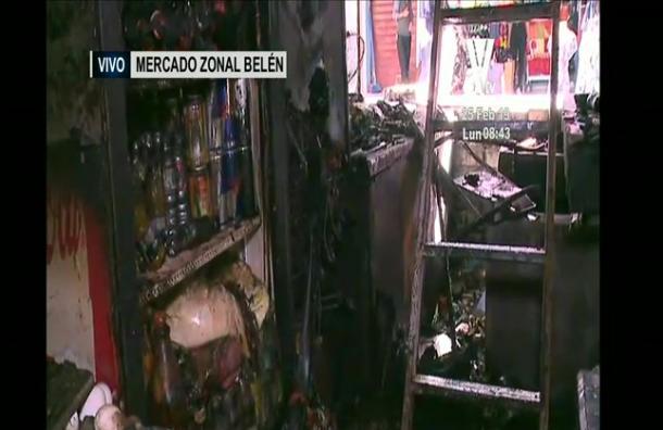 Incendio afectó al Mercado Zonal Belén