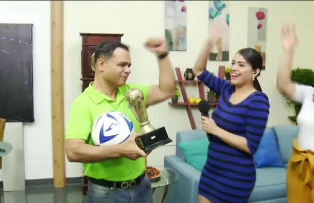 Jorge Zelaya ganó entretenido desafío futbolístico