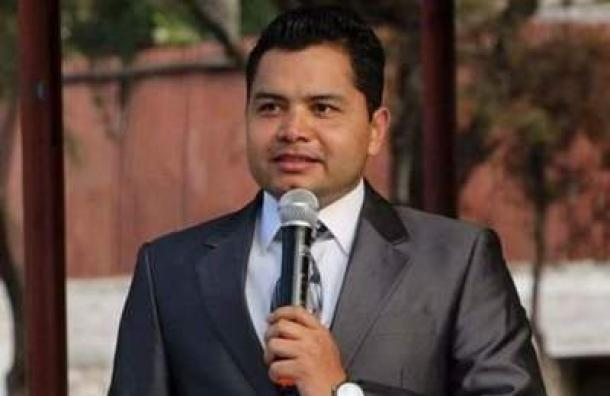 Luis Colindres:»No se detenga presidente»