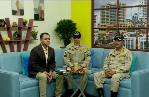 Entrevista a José Manuel Zelaya, comandante y a Ever Velásquez cabo del cuerpo de Bomberos