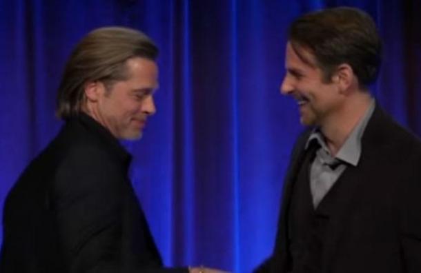 Brad Pitt revela que Bradley Cooper fue fundamental para su rehabilitación del alcohol