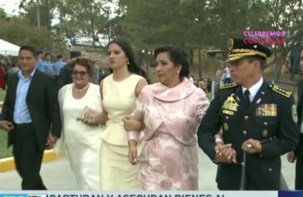 Comisionado Leones Sauceda y su esposa fueron capturados por suponerlos responsables por el delito de lavado de activos