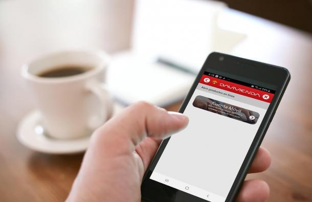 Con Davivienda abra una cuenta móvil, desde su celular y sin salir de casa