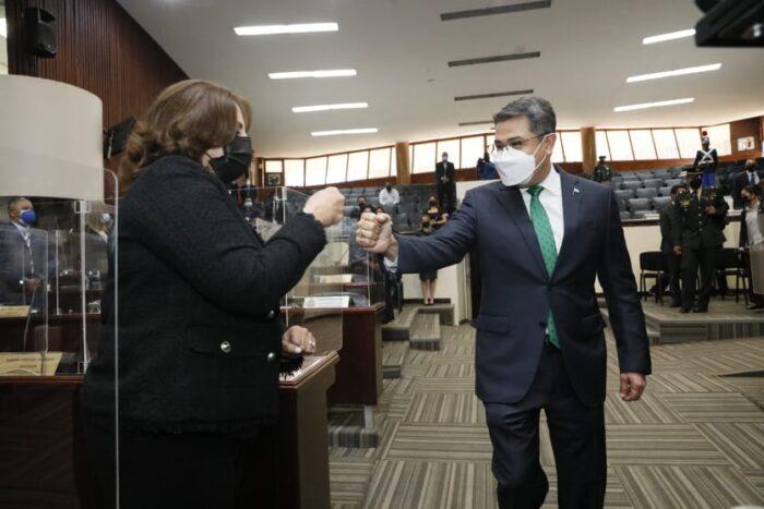 Pdte Hernández continúa su lucha contra el narcotráfico
