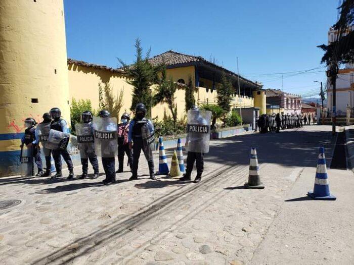 Reasignan a Tegucigalpa y La Paz a policías de La Esperanza