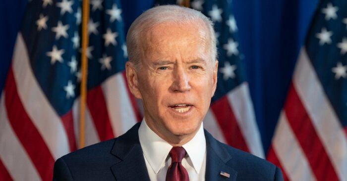"""Joe Biden homenajea a los 500.000 muertos por Covid-19 en Estados Unidos: """"Hay luz en la oscuridad"""""""