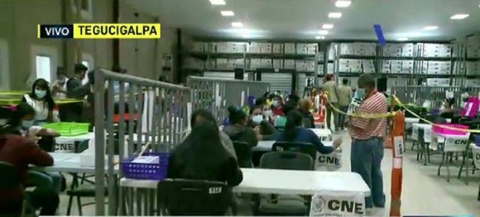 CNE realiza escrutinio especial ante elecciones primarias