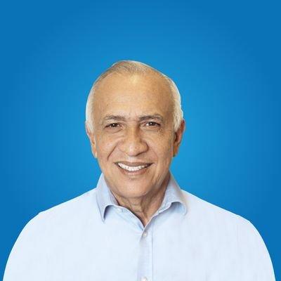 Mauricio Oliva acepta derrota