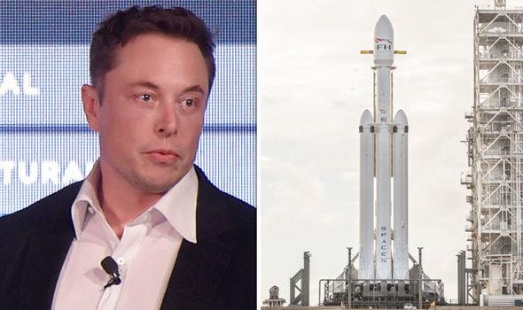La NASA y SpaceX aplazan hasta el viernes el lanzamiento de Falcon 9