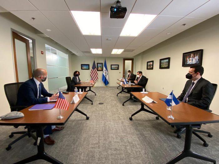 EEUU ratifica su trabajo con Pdte. Hernández