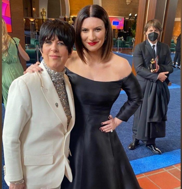 Laura Pausini en los Oscar