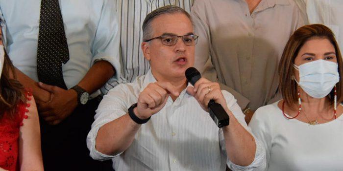 Yani Rosenthal comparte acuerdo de duelo tras la muerte de la madre de Luis Zelaya