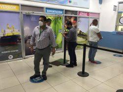Llegan al Salvador alcaldes hondureños