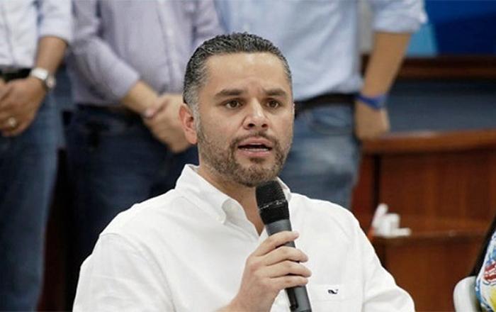 David Chávez: Alianza entre Xiomara y Nasralla es una repartición de