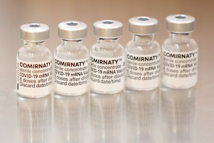 Honduras le prestará 100,000 dosis de vacunas Pfizer a Nicaragua