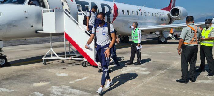 Selección Honduras arriba a México con la ilusión de sumar en el Azteca