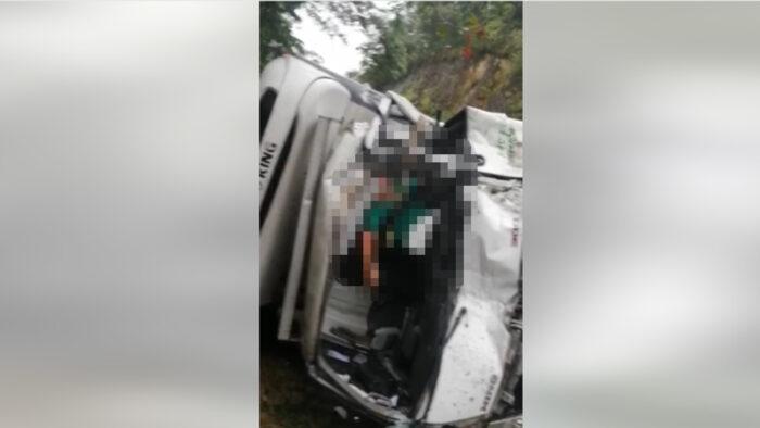 Triple colisión deja un conductor muerto y otro gravemente herido en Talanga
